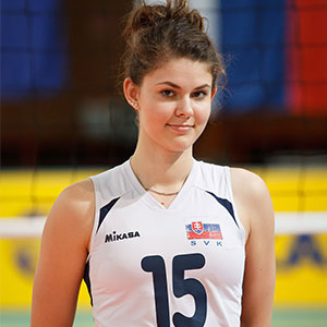 Lucia Nikmonova