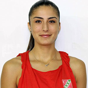 Semra Özer